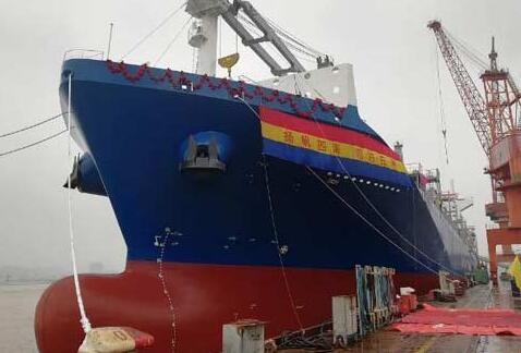 扬帆集团首制2200箱船交付