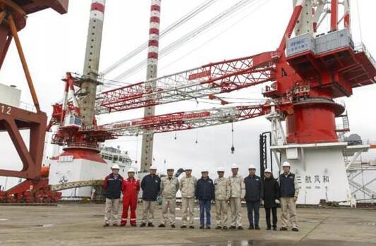 """振华重工""""三航风和""""号1200吨自升式风电安装船完工"""