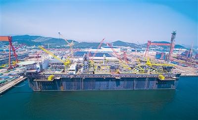 """中国制造世界级""""海上油气处理厂""""交付巴西"""