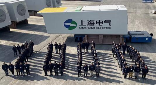 上海电气临港基地第1000台海上风机下线