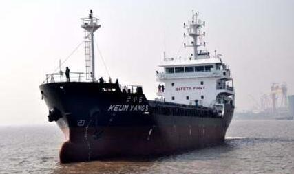 宏强重工一艘3500吨钢制运输船试航归来
