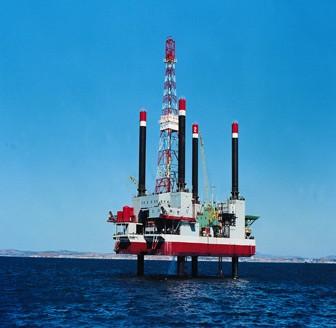 自升式钻井平台英文_大连中远船务一座自升式钻井平台合同生效-行业资讯